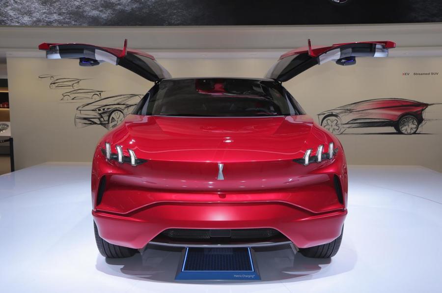 Китайская премиум-марка Wey построила гибридный кроссовер